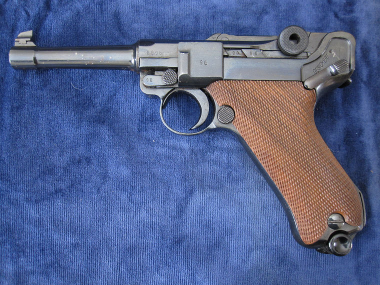 Luger 9mm Mauser 1940-42 (WW11 German Military).