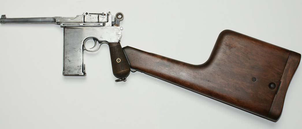 Mauser Broomhandle Pistol 20 Shot Shoulder Stock. .Ref.# 01ss