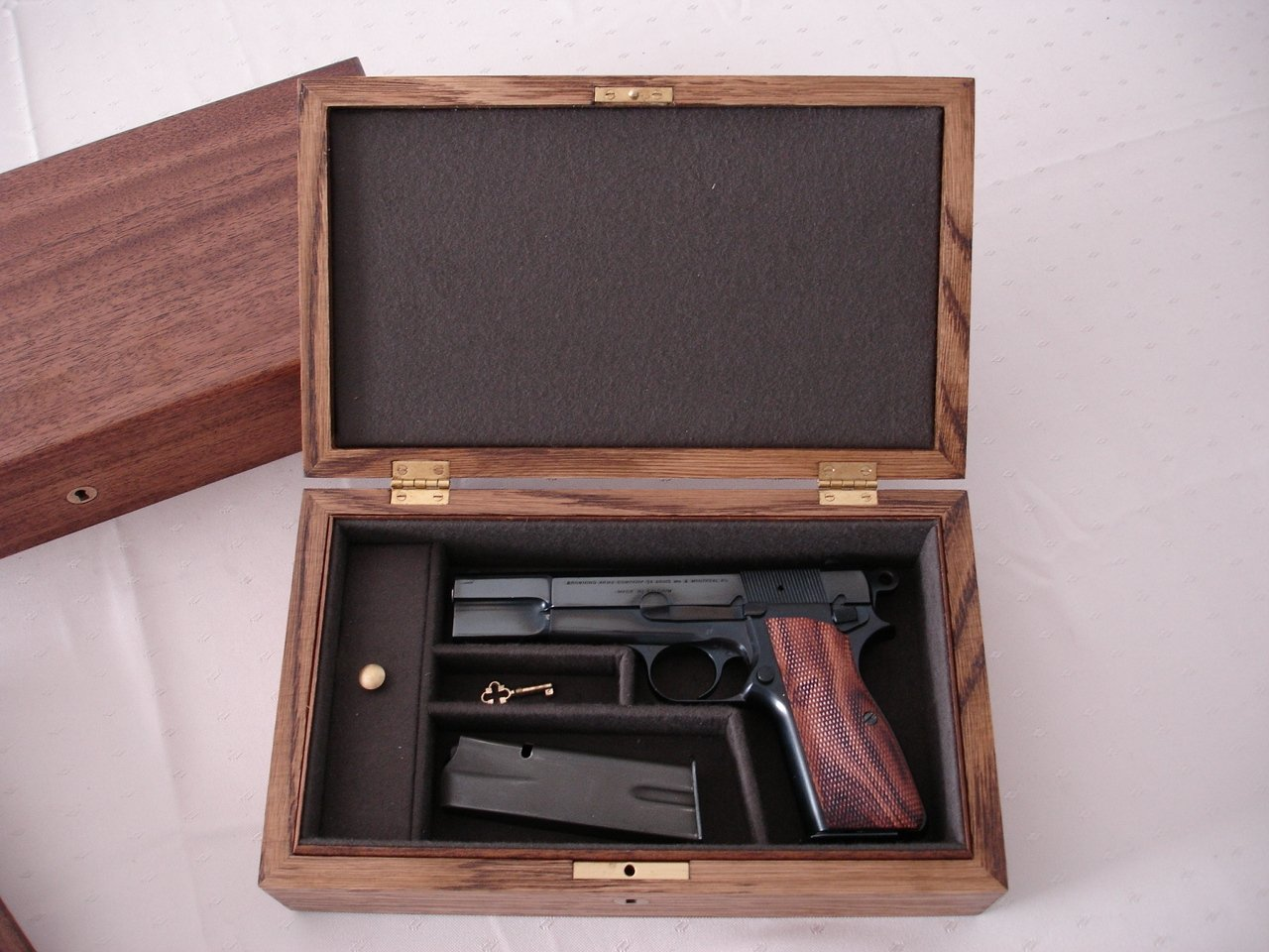 Browning Hi-Power Presentation Display Case. Ref.#10BHP