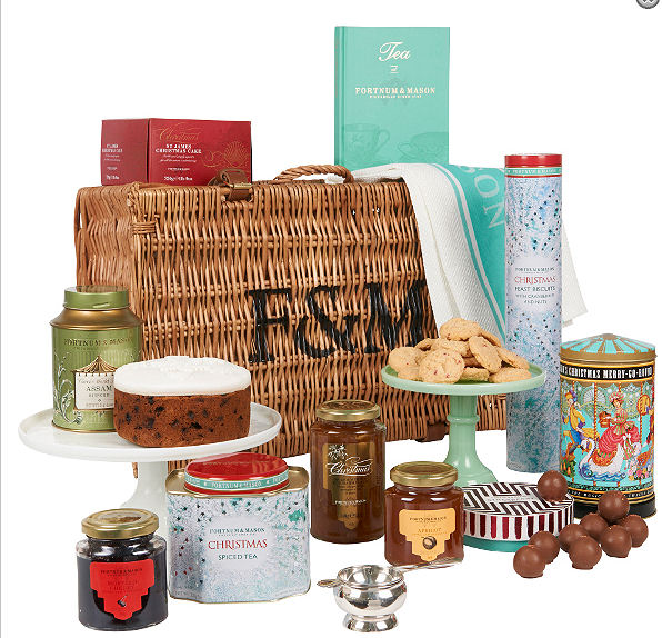 Fortnum & Mason Olde Trad English Christmas Hamper.Prod.Ref.#03
