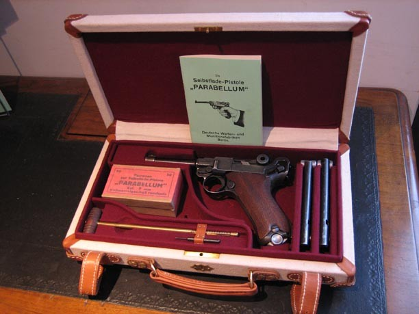 P08 Luger Pistol Travel Case. Ref. #O1b