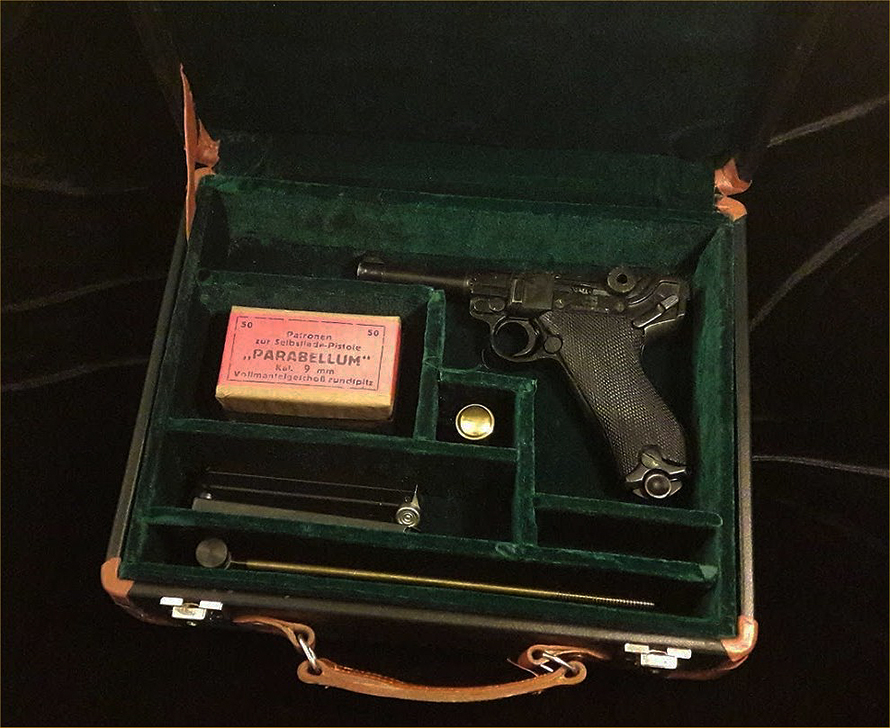 Luger P08 Travel Case. Ref.#07c.