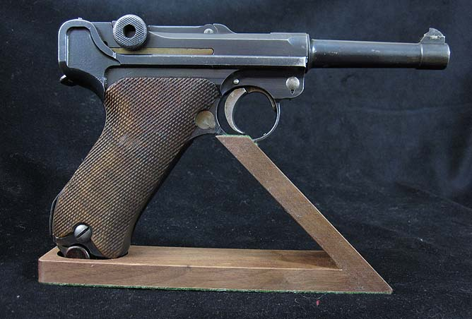 D.W.M 9mm Luger P08 Pistol.Ref.#01co